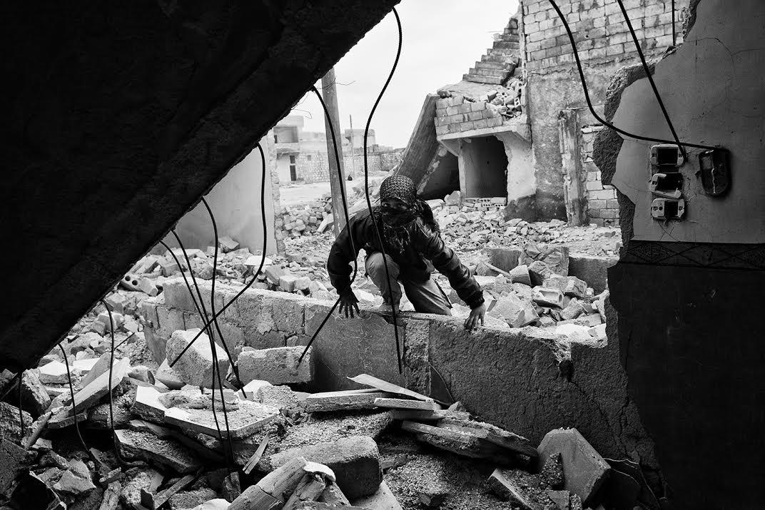 Παρουσίαση φωτογραφικού υλικού του φωτογράφου Αχιλλέα Ζαβαλλή για τον Πόλεμο στη Συρία