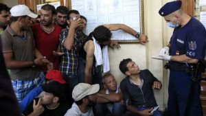 _15.09.25.reuters_migrantsbudareut
